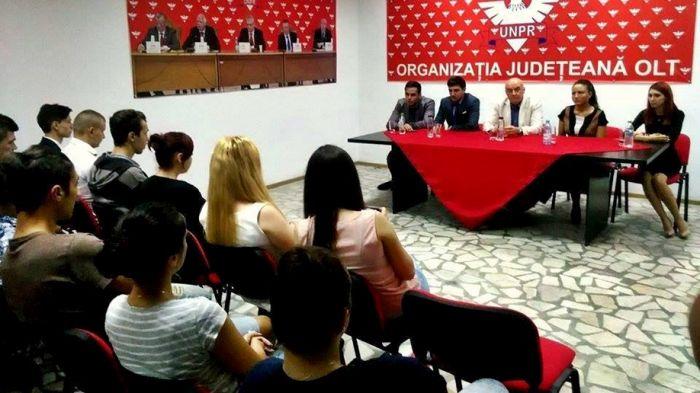 Senatorul Ion Toma, la Slatina. Întâlnire cu tinerii progresişti din Olt
